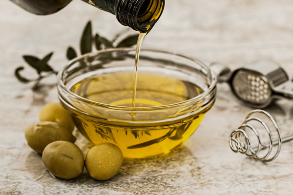 minyak zaitun untuk memasak dan memanggang