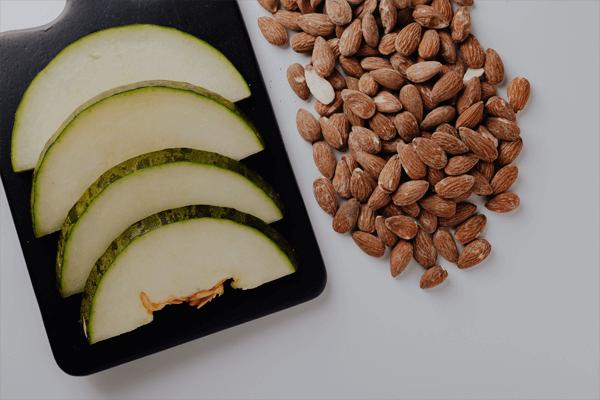kandungan minyak almond